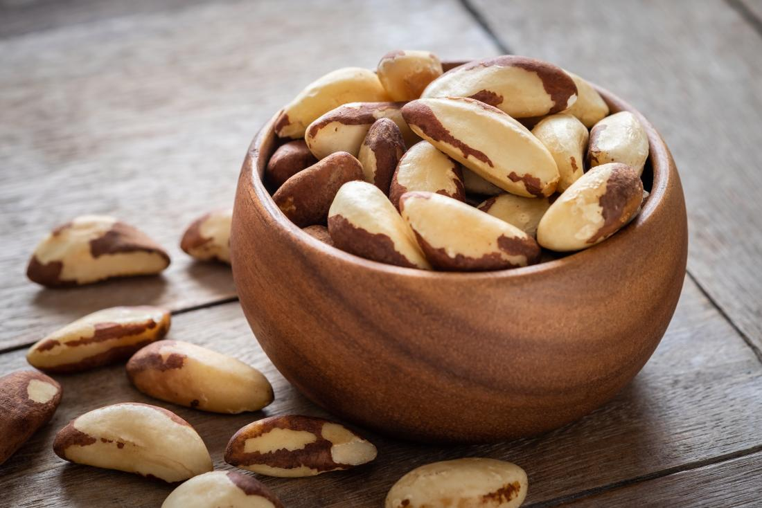 brazil-nuts-as-food-for-hair-growth-in-bowl